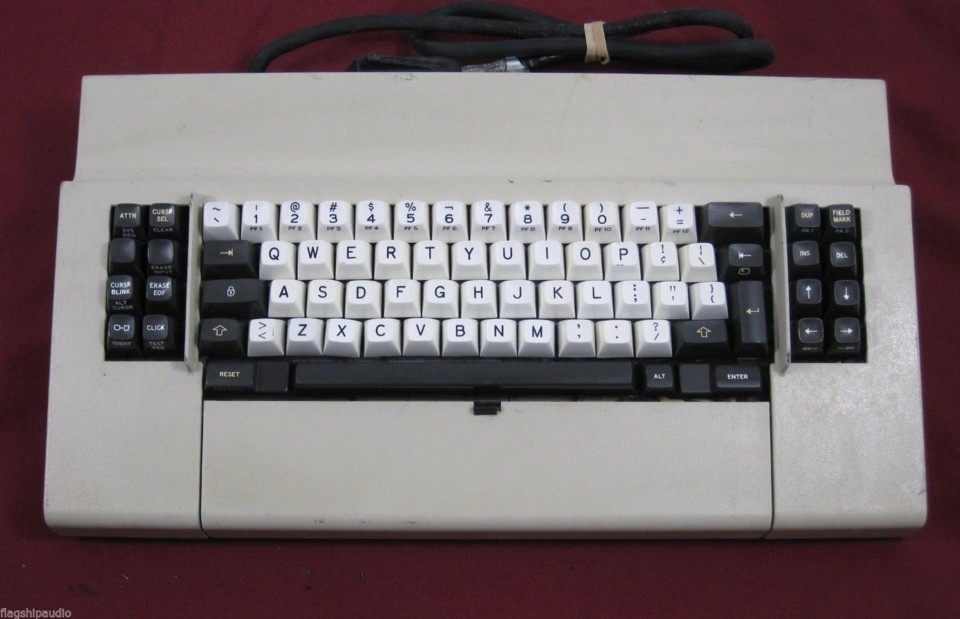 2019-07-19 IBM 3278 keyboard.jpg