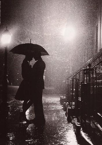 Casal à chuva