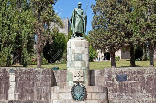 53943917-statue-of-king-dom-afonso-henriques-by-th