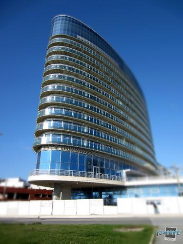 Hotel Galante: A torre azul de mar