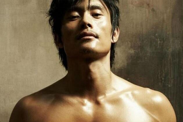 Lee Byung-hun (2).jpg