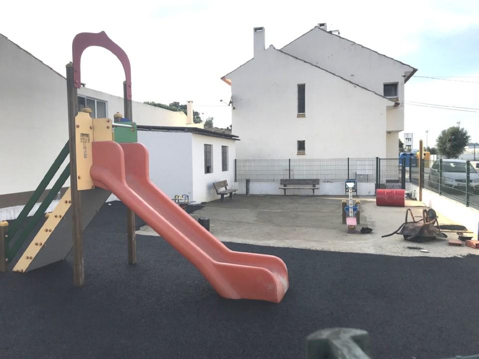 parque_infantil_alcoentre_02.JPG