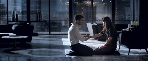 HT-Fifty-Shades-Darker-MEM-170103_31x13_1600.jpg