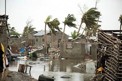 cycloneidai1803-4.jpg
