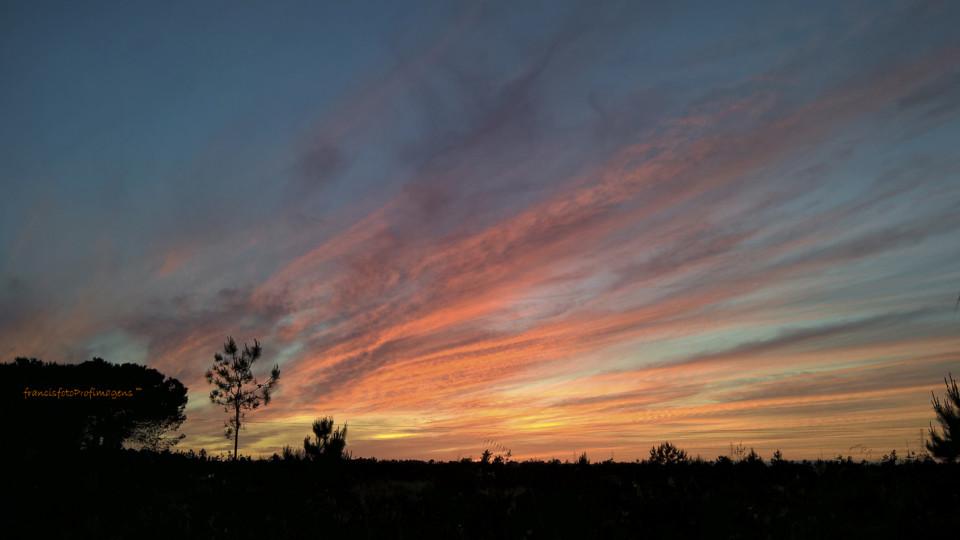 Ao Pôr-do-Sol sobre Fernão Ferro 13...francisfot