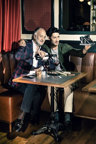 Part 1_Grandfather & Grandson_Bar red.jpg