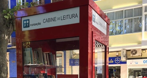 biblioteca-mais-pequena-do-mundo-chega-a-campo-de-