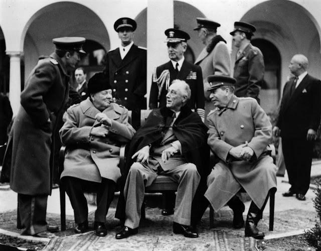 Conferencia-de-Yalta.jpg
