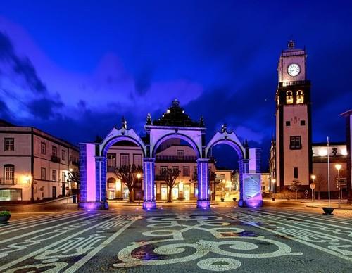Ponta Delgada - Açores - Sapo 1.jpg