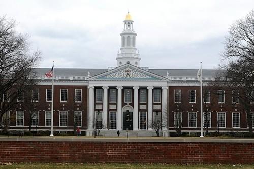 melhores-faculdades-do-mundo-para-estudar-harvard-