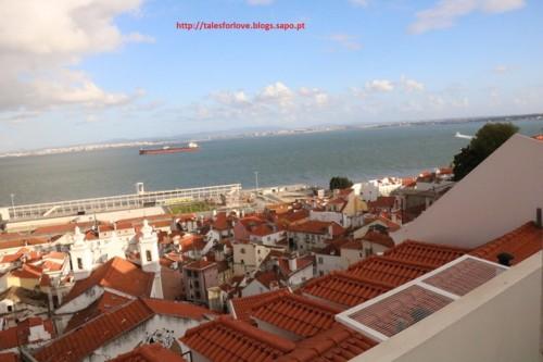 LisbonMiradouroSantaLuziaOK1.jpg