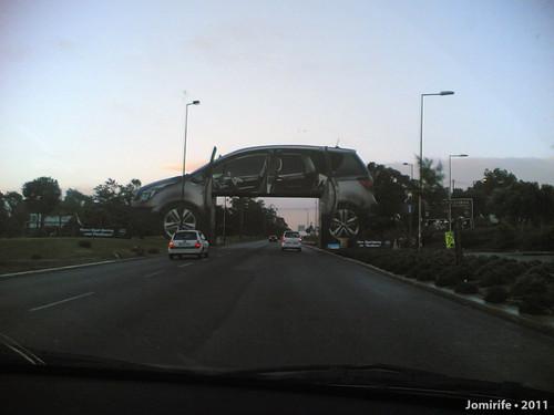 Publicidade à Opel impossível de não ver