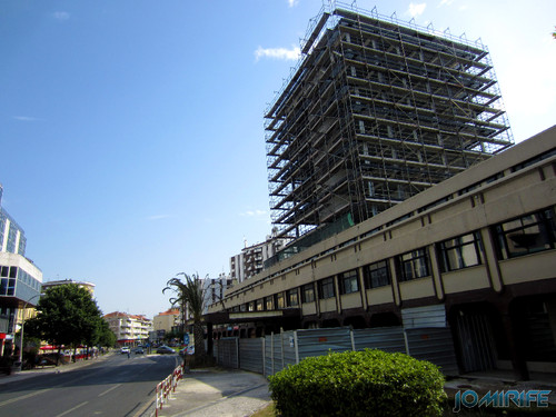 Obras no edifício Maringá em Leiria [en] Works in Maringa building in Leiria, Portugal