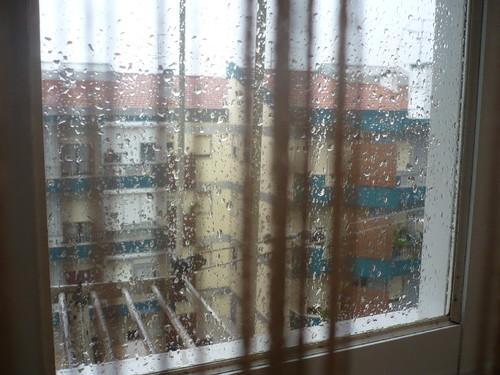 chuva na vidraça.JPG