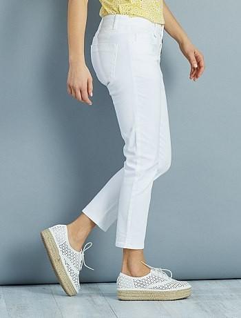 calcas-curtas-slim-com-3-botoes--blanc-mulher-do-3