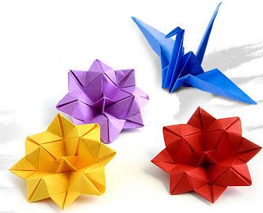 origami-cegonha-e-flores.jpg