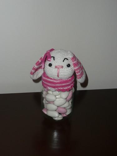 coelho com amendoas rosa.JPG