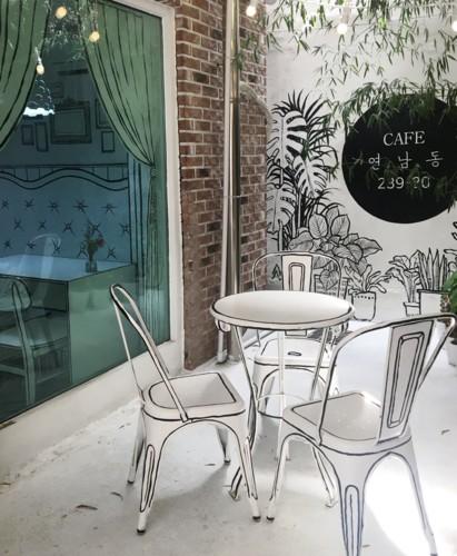 cartoon-cafe-designboom-01.jpg