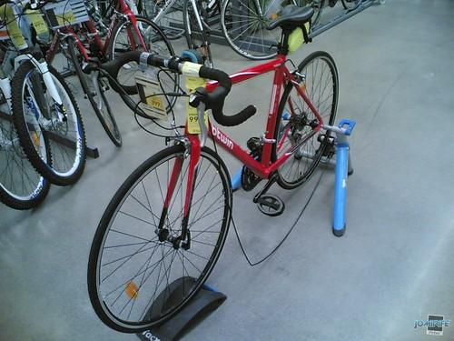 Bicicleta de corrida por 400 euros na Decathlon