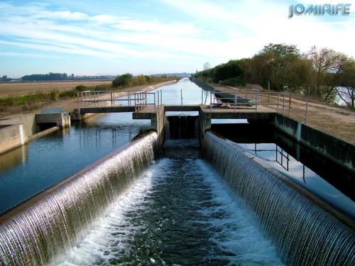 Comportas do canal de água em Montemor-o-Velho (1) [en] Floodgates of the water channel in Montemor-o-Velho
