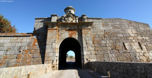 ALMEIDA - fortaleza - HS.jpg
