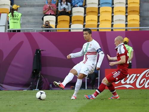 Grupo B: Dinamarca-Portugal