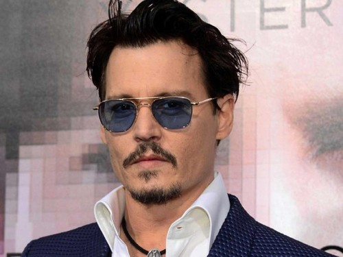 johny-depp-celerbrity-beliefs-hobbies-and-religion