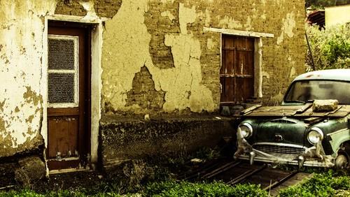old-house-1928913.jpg