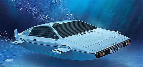 181FU07_Bond-Lotus.jpg