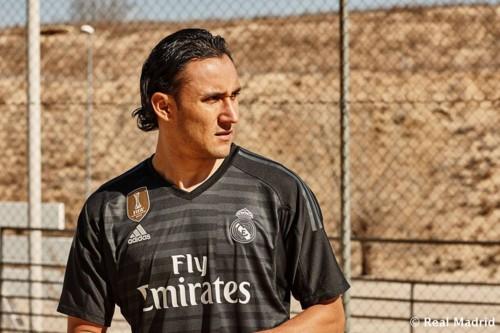 SoccerBible_EUDESDESANTANA_MARCELO_0884Thumb.jpg