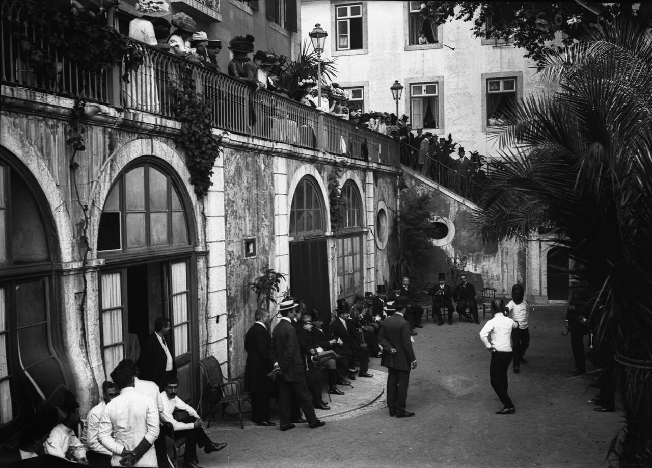 Semana de Armas Portuguesa no jardim do Grémio Li