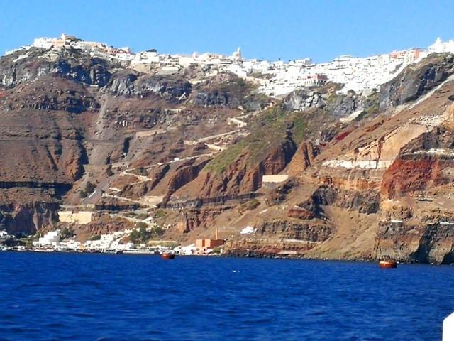 Santorini11.jpg