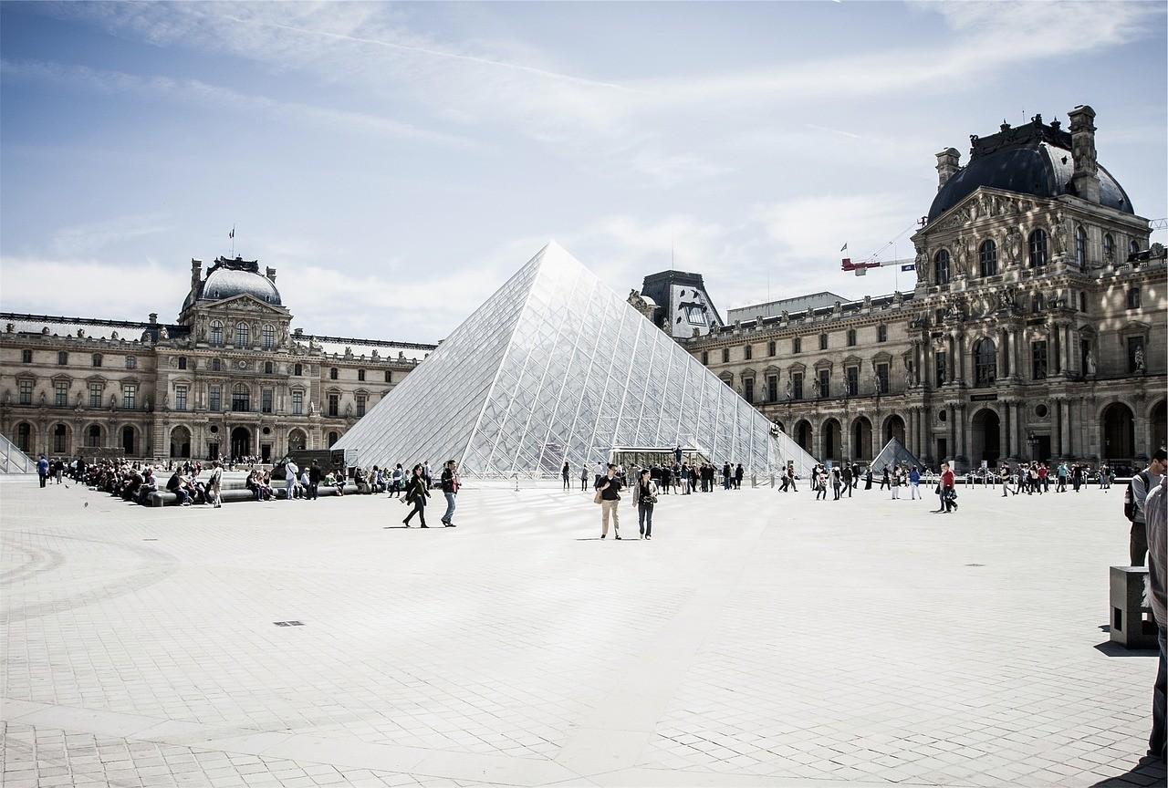 Museu Louvre @pixabay