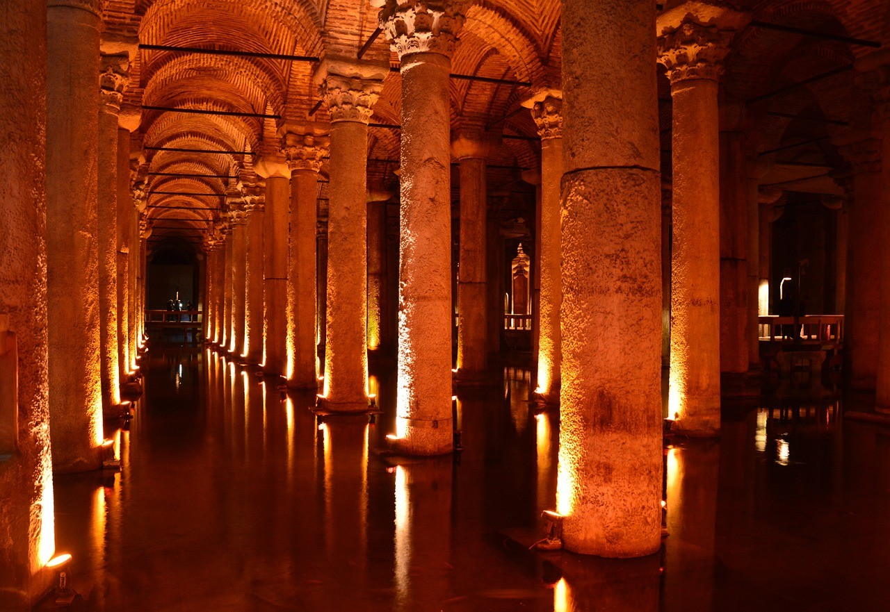 Cisterna de Basílica, perto da Basílica de Santa Sofia