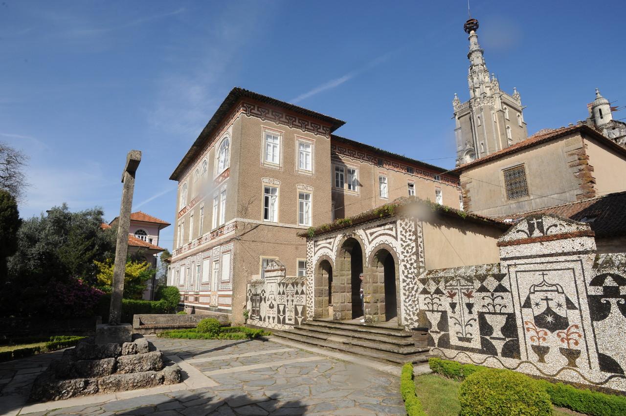 Convento Santa Cruz.jpg