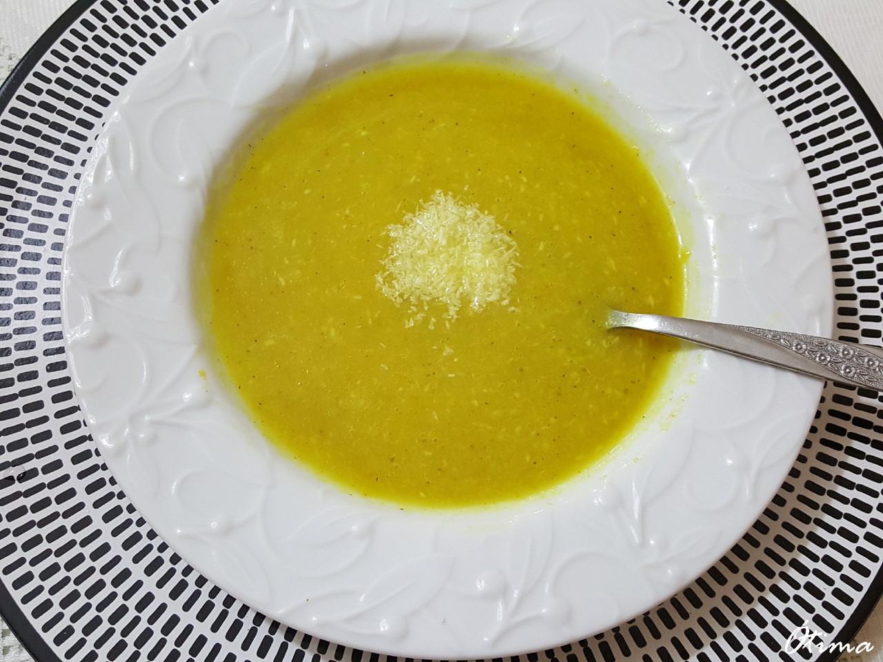 Sopa de coco.jpg