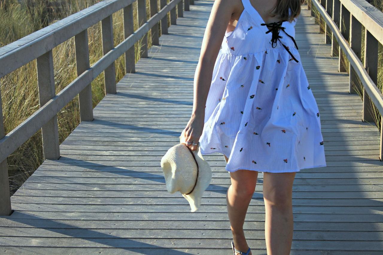 Dress_vestido_blue_azul_leve_decote_laço_cordões