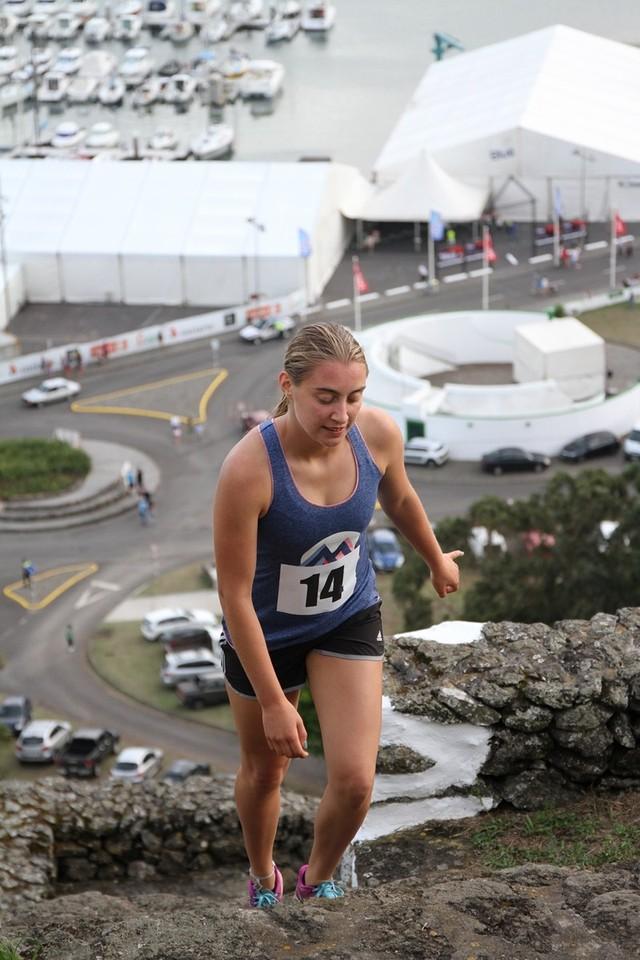 Dania Furk #1 feminino ABETT.JPG