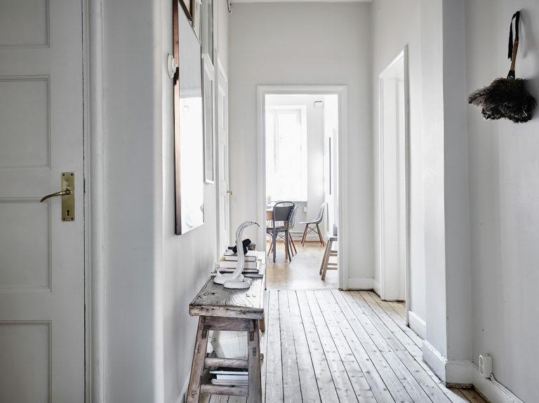 Warm-Scandinavian-Home-in-Velvet-Linen-house-tour-