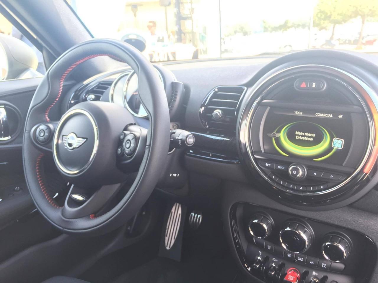 Mini Drive Now Like A Man.jpg