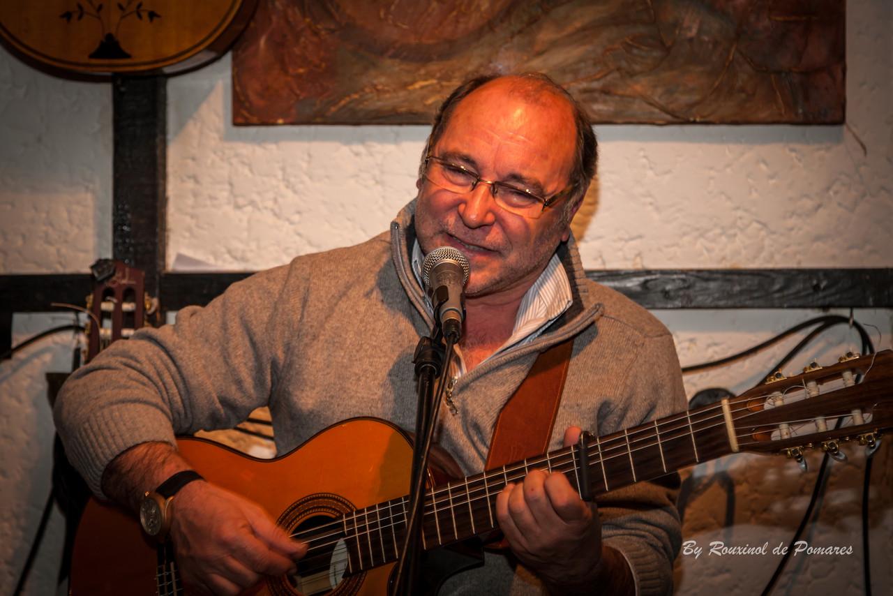 Silvana Peres na Taverna dos Trovadores (002).JPG