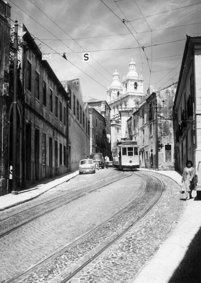 Rua das Escolas Gerais, anos 70, foto de Casa Foto