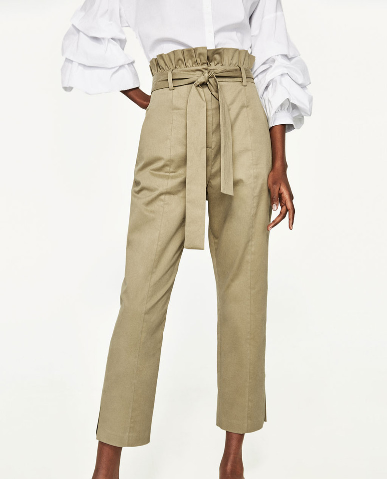 calças folhos.jpg