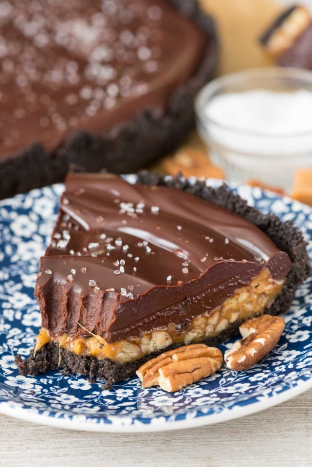 Caramel-Pecan-Chocolate-Ganache-Pie-10-of-10.jpg