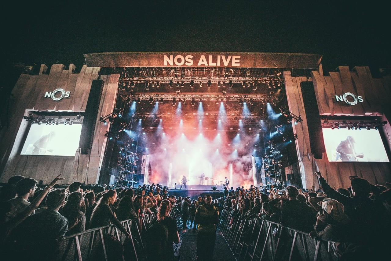 nos alive xx.jpg