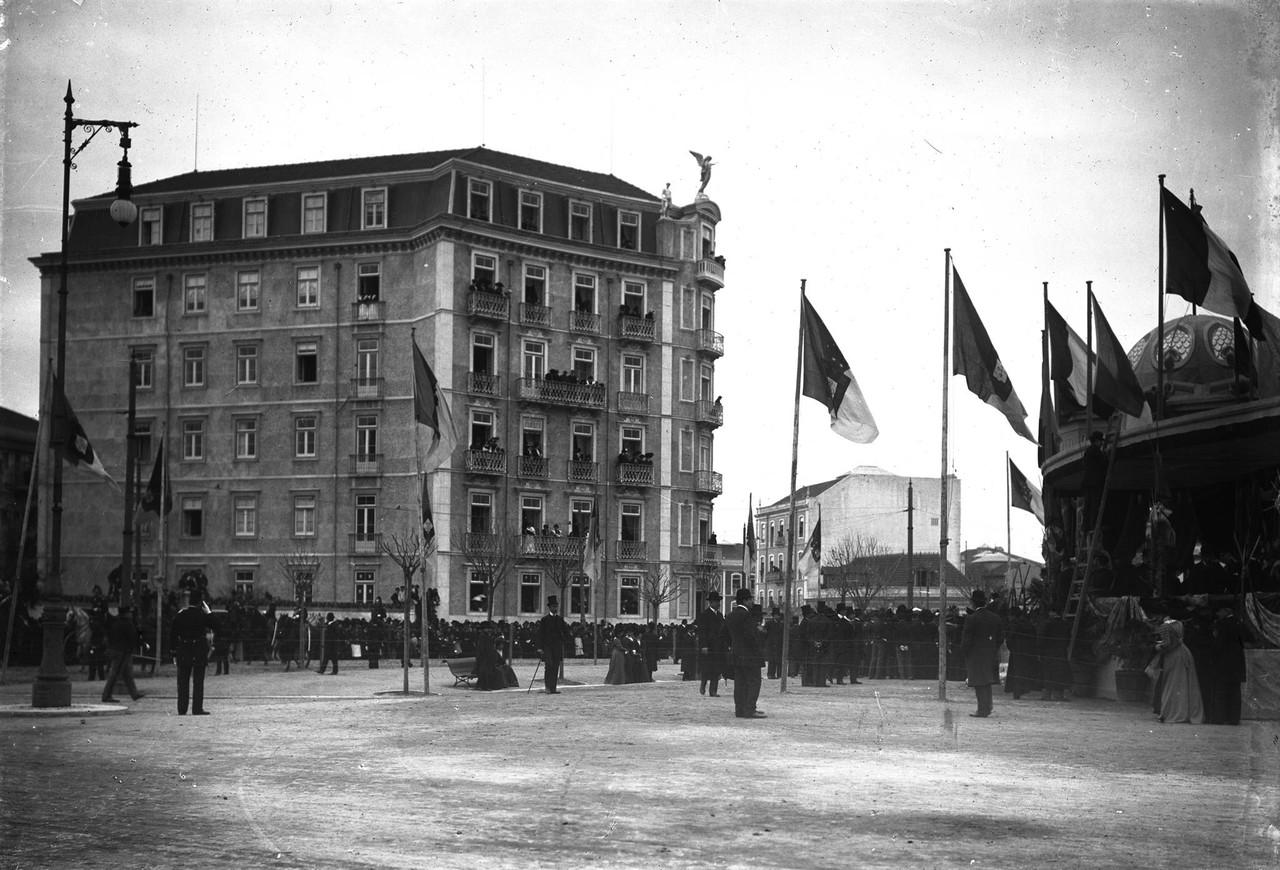 Inauguração do monumento ao Duque de Saldanha, v