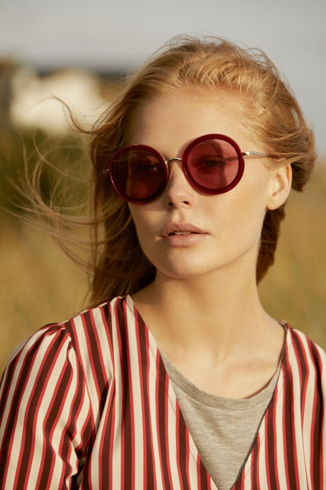 Dress E16, T-shirt E10, Sunglasses E5.jpg