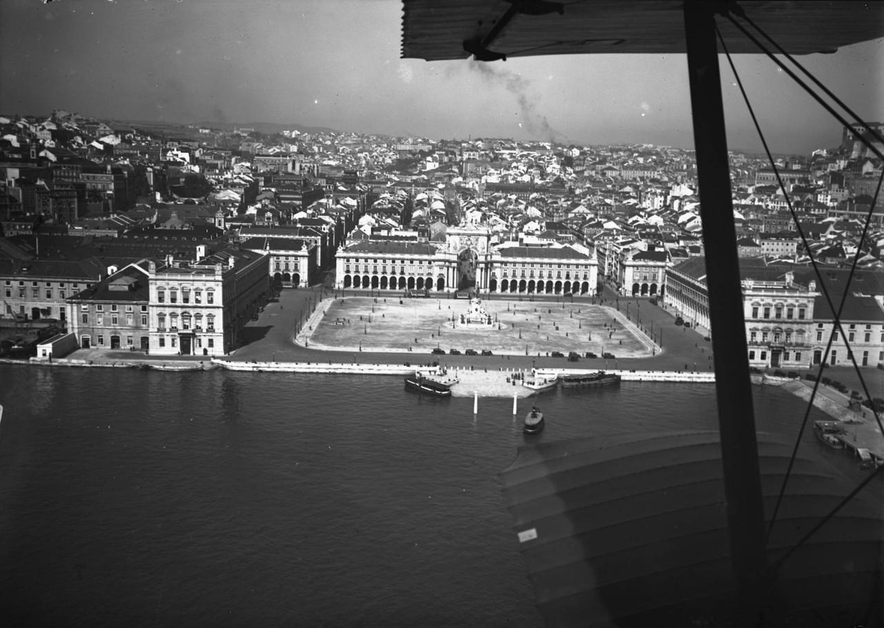 Vista aérea da Praça do Comércio, foto de Pinhe