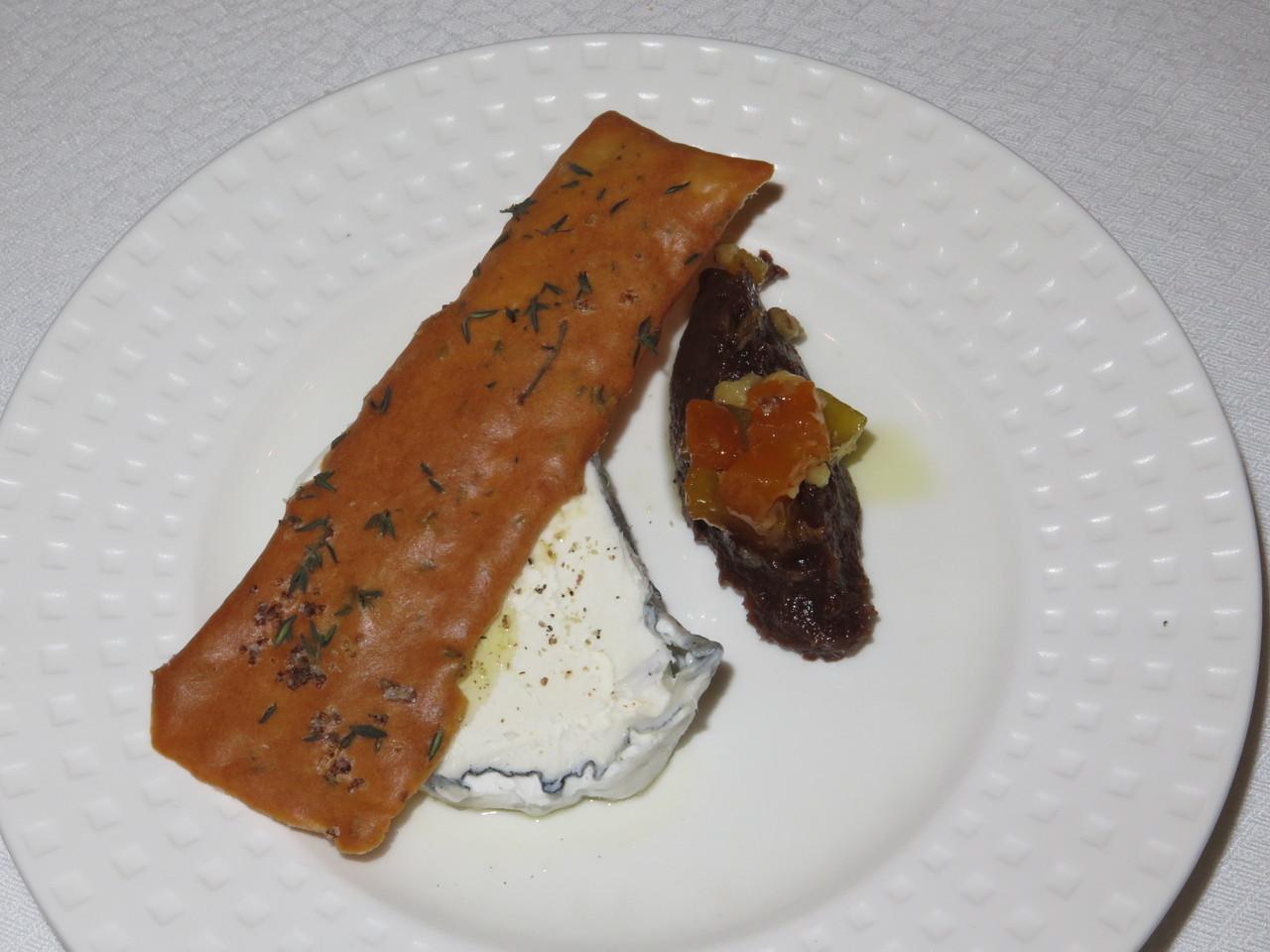 Queijo Chèvre Granja dos Moinhos, Crocante de Tomilho, Compota de Figo, Alperce e Frutos Secos