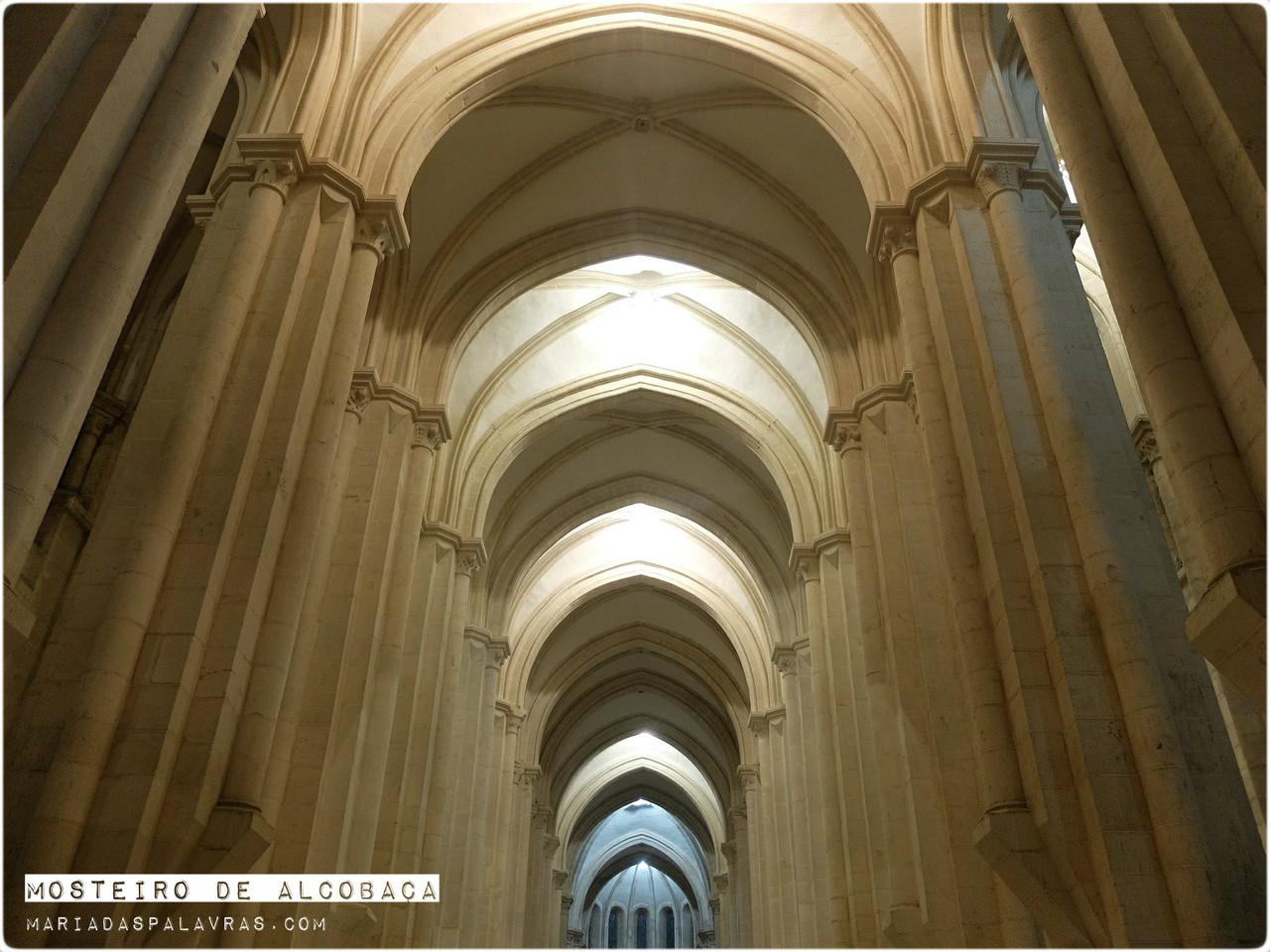 Mosteiro de Alcobaça - Maria das Palavras
